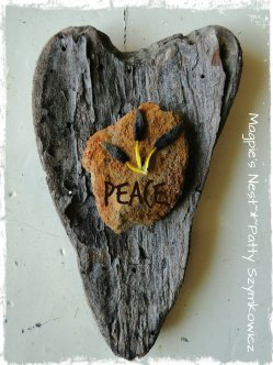 Omis Wood Heart and rock