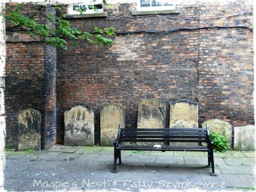 #10 Bench York, UK