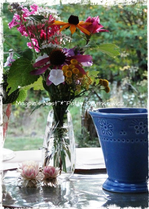 September T Blooms A