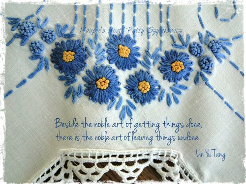 Embroidered linen Noble Art quote