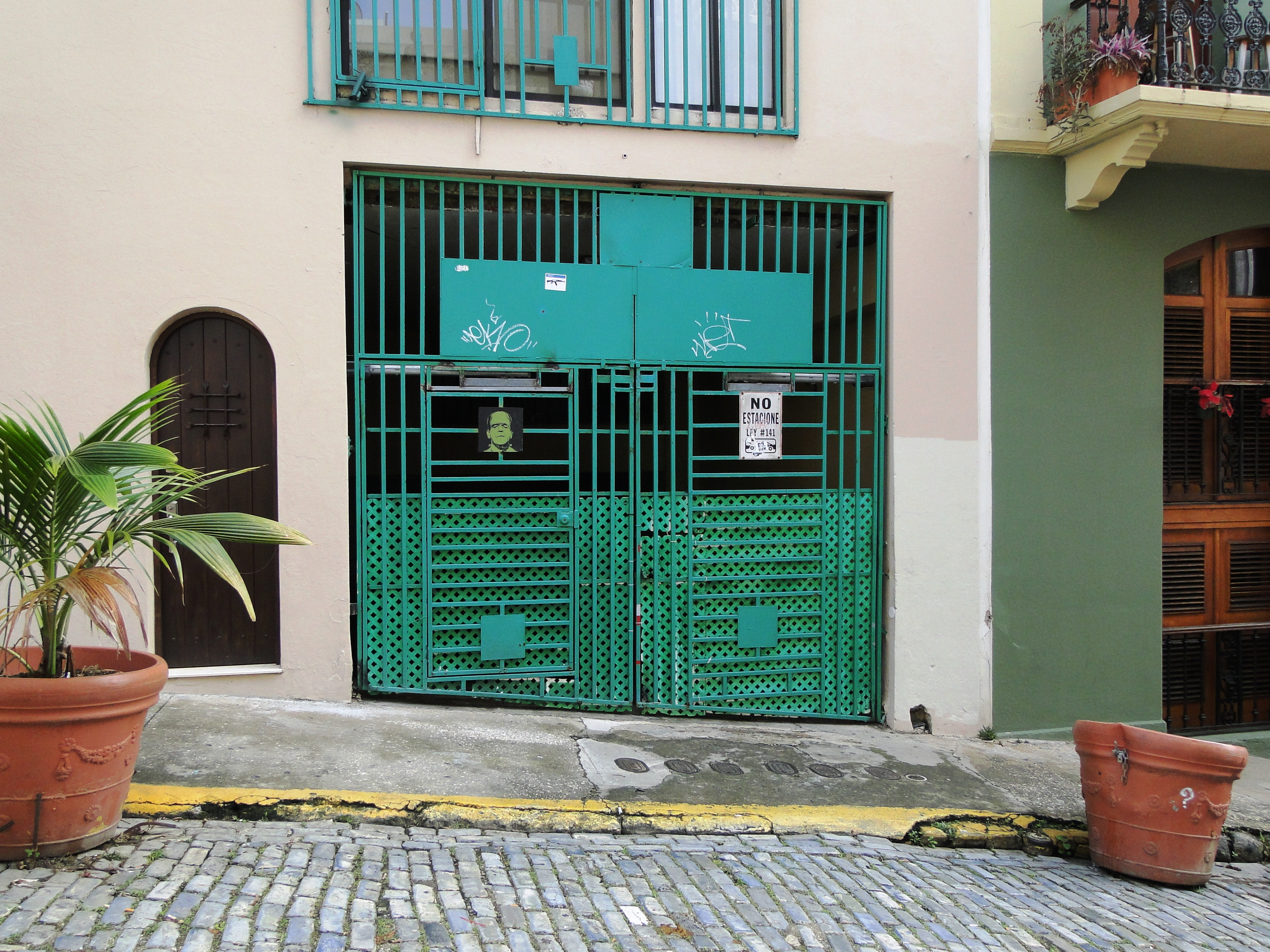 b065879f117 Patty Szymkowicz Doors of Old San Juan PR (1)