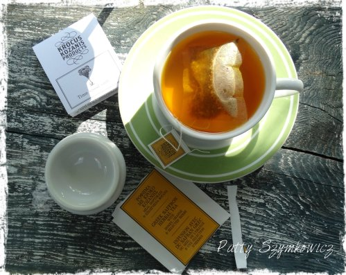 Greek Honey Orange and Saffron Tea