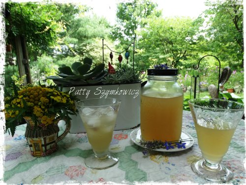Magpie's Nest Lavender Honey Lemonade for two