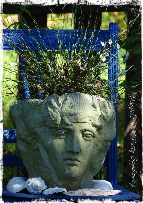 Magpie's Nest Patty Szymkowicz Curly Wurly Stone Head