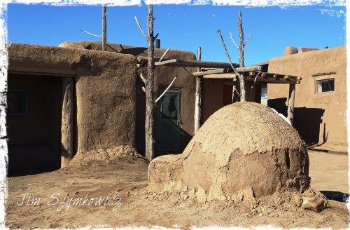Magpie's Nest adobe oven