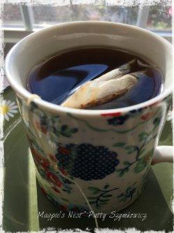Magpie's Nest Patty Szymkowicz Yogi Tahitian Vanilla Hazelnut Tea (1)