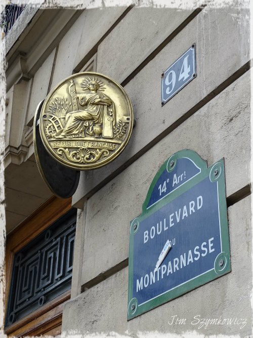 Magpie's Nest Montparnasse street sign