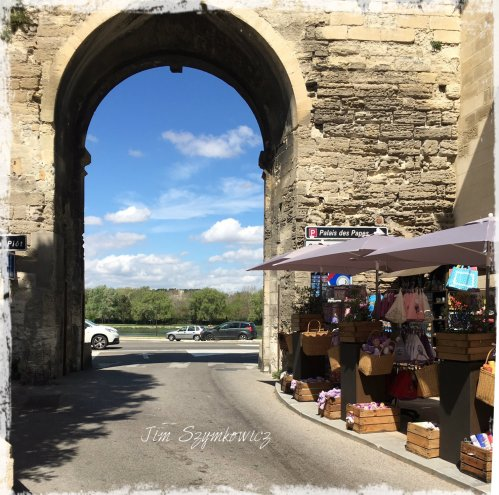 Magpie's Nest Patty Szymkowicz Avignon portal and market