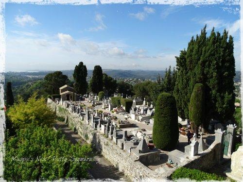 Magpie's Nest St Paul cemetery