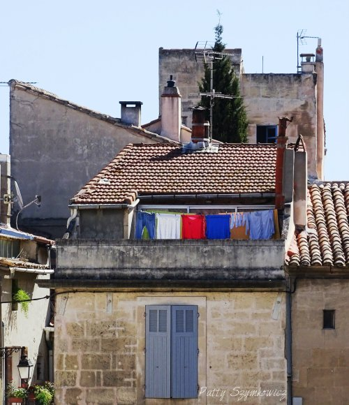 Patty Szymkowicz Bleu Blanc et Rouge in Arles France