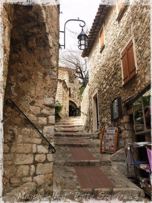 Magpie's Nest Eze Street
